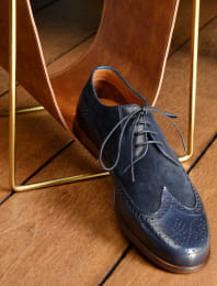 Le jeune malicieux navy blue suede leather